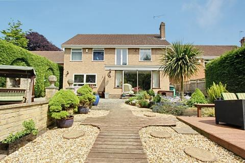4 bedroom detached house for sale - The Paddock, South Cave, East Yorkshire, HU15