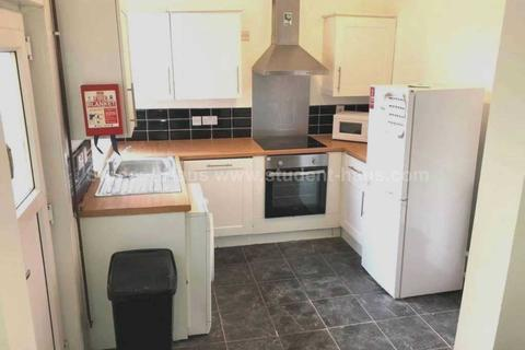 5 bedroom house share to rent - Croft Street, Salford