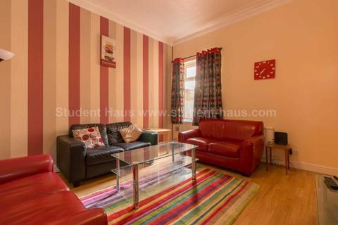 4 bedroom house to rent - Langworthy Road, Salford, M6 5PP