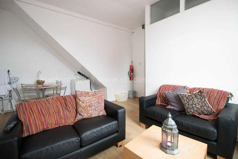 3 bedroom flat to rent - Copson Street, Manchester, M20 3HE