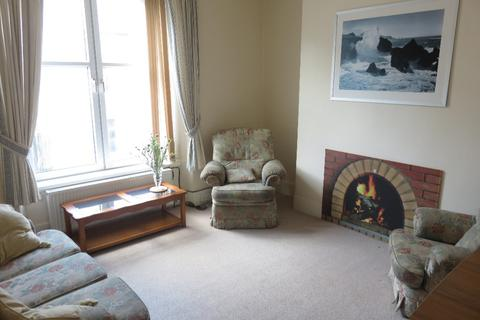 3 bedroom flat to rent - Elmbank Road, Old Aberdeen, Aberdeen, AB24 3PJ