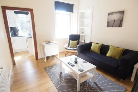 2 bedroom flat to rent - Seaforth Road, First Left,
