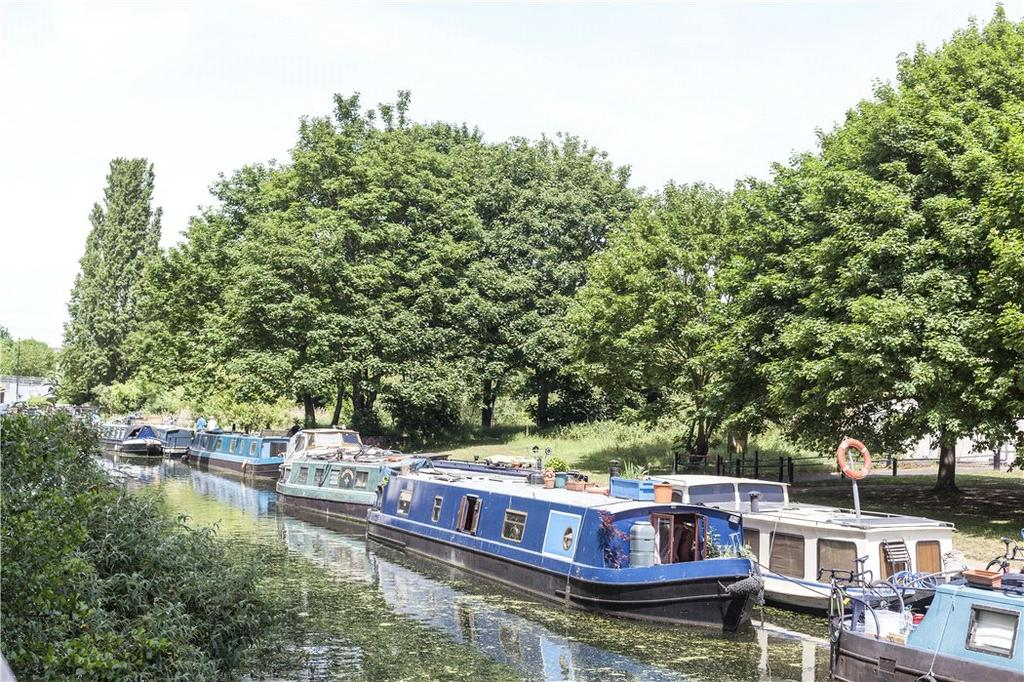 E2: Canal