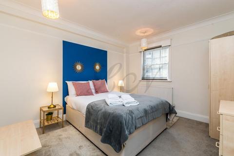 2 bedroom flat to rent - Tottenham Street, Fitzrovia, W1