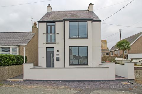 2 bedroom apartment for sale - Warren Road, Rhosneigr, North Wales