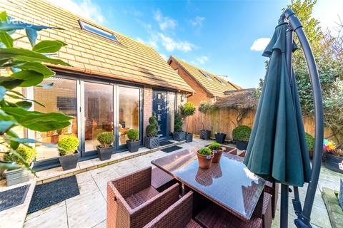 3 bedroom detached house for sale - Bristol Gardens, Brighton, East Sussex, BN2