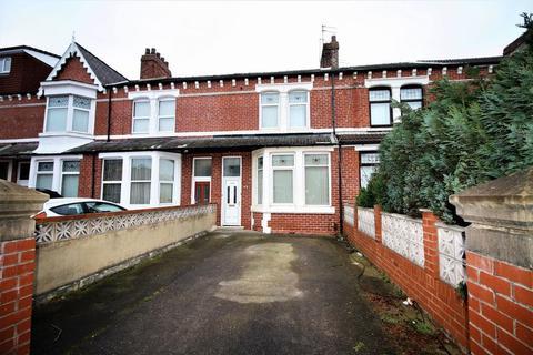 6 bedroom terraced house for sale - Woodlands Road, Middlesbrough