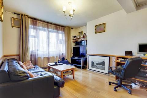 2 bedroom flat for sale - Stockwell Gardens Estate, London SW9
