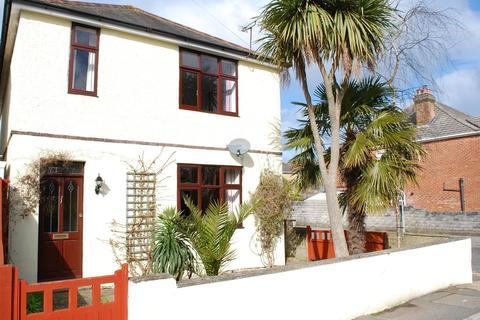 4 bedroom detached house for sale - Uppleby Road, Poole