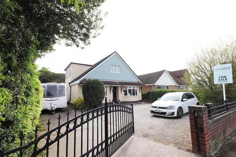 6 bedroom detached bungalow for sale - Main Street, Palterton, Chesterfield
