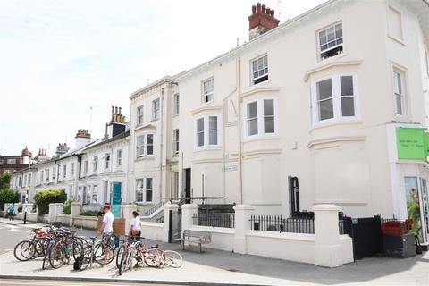 2 bedroom flat to rent - Buckingham Place, Brighton