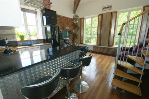 2 bedroom duplex to rent - Stone Mill Court, Meanwood, LS6