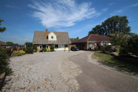 3 bedroom chalet for sale - Point Clear Road, St Osyth