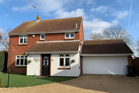 4 bedroom detached house for sale - Marston Beck, Chelmer Village, Chelmsford, CM2