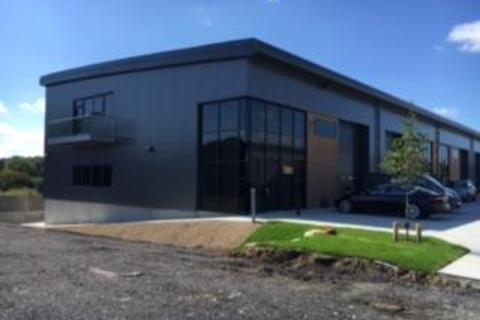 Industrial unit to rent - Unit 7, Nepicar Park, London Road, Wrotham, Kent