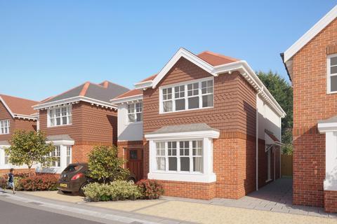 4 bedroom detached house for sale - Melbury Gardens, Upton