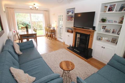 3 bedroom detached house to rent - Queens Park Road, Harborne