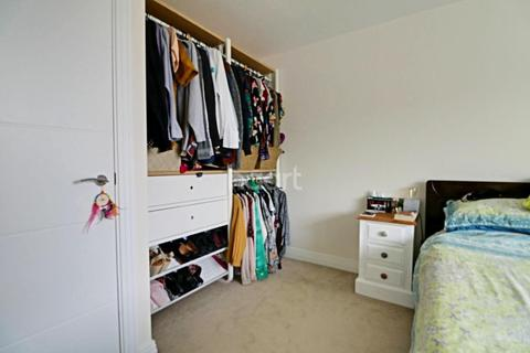 1 bedroom flat for sale - Empire house, Bessemer Road