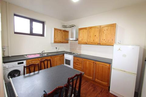 2 bedroom flat to rent - Yorskhire Street, Rochdale Center, Rochdale