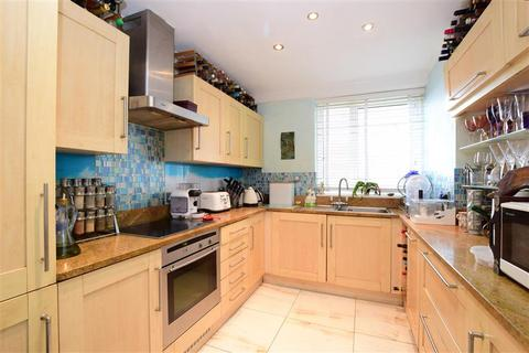 2 bedroom ground floor flat for sale - Queens Gardens, Hove, East Sussex