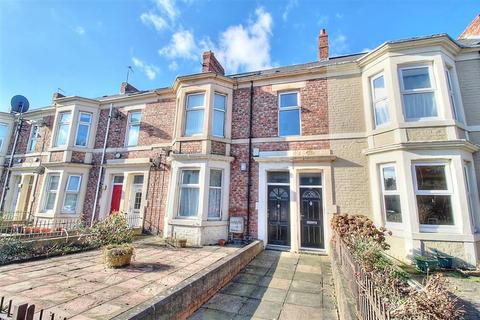 2 bedroom ground floor flat for sale - Avenue Road, Bensham, Gateshead, NE8 4JE