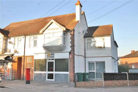 2 bedroom apartment for sale - Laleham Road, Staines-upon-Thames, Surrey, TW18