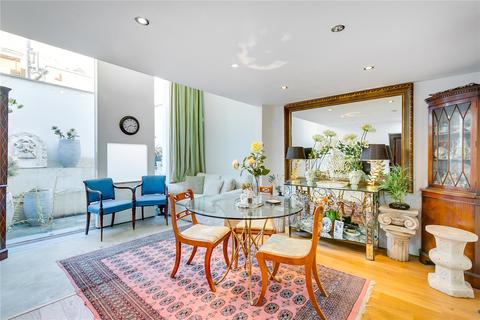 2 bedroom terraced house to rent - Richards Place, Chelsea, London
