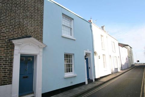 2 bedroom house for sale - North Street, Deal