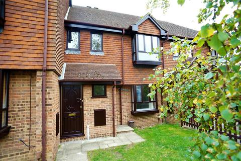 2 bedroom maisonette to rent - Woodstock Road, Rochester, Kent
