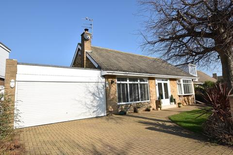 2 bedroom detached bungalow for sale - Nicholas Avenue, Whitburn