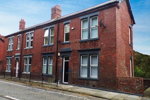 Studio to rent - Killingworth Road, South Gosforth, Newcastle upon Tyne, Tyne and Wear, NE3 1TB