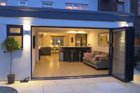 4 bedroom end of terrace house for sale - Dishforth