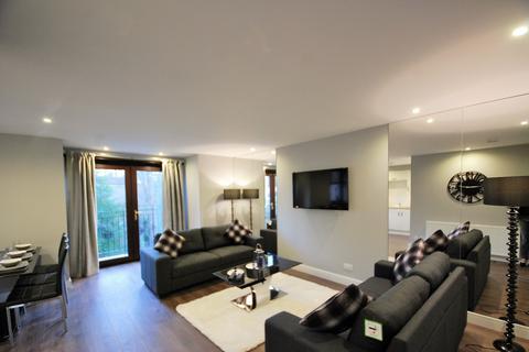 3 bedroom apartment to rent - Craigiebur Park AB15