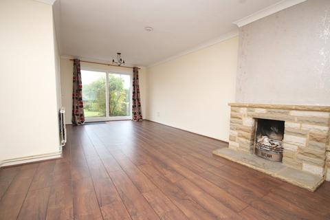 3 bedroom house to rent - Beeches Road, Chelmsford, CM1