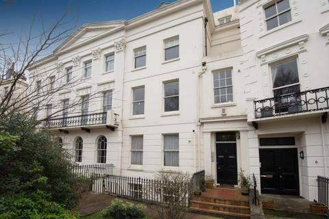 1 bedroom flat for sale - Montpelier Crescent, Brighton, East Sussex, BN1