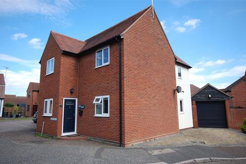 3 bedroom detached house for sale - Elliot Close, South Woodham Ferrers, Essex, CM3