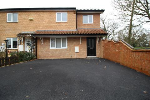 3 bedroom end of terrace house to rent - Crimscote Close, Shirley