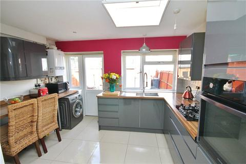 2 bedroom terraced house for sale - Percy Road, London, SE25