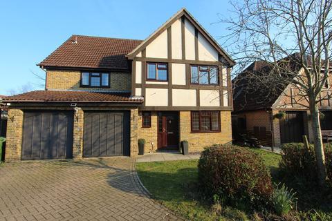 5 bedroom detached house to rent - Billington Gardens, Hedge End