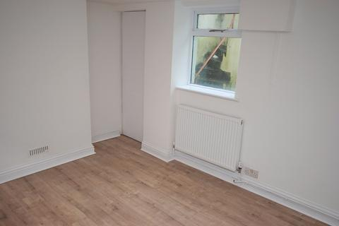 2 bedroom terraced house to rent - Sherborne Place, Cheltenham, Glos GL52