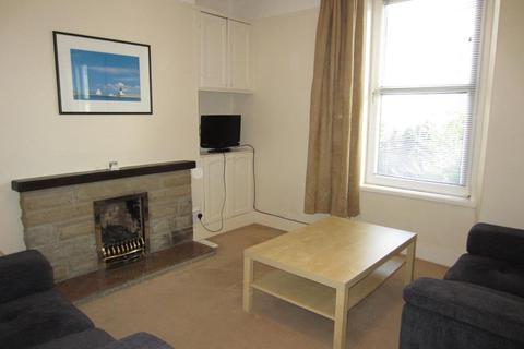 1 bedroom flat - Allan Street, Ground Floor Right, 10
