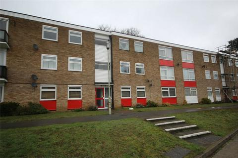 2 bedroom flat to rent - Courtlands, Patching Hall Lane, CHELMSFORD, Essex