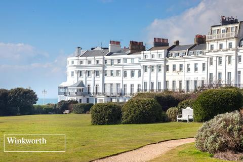 2 bedroom flat to rent - Lewes Crescent, Brighton, East Sussex, BN2
