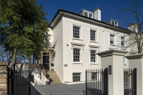 6 bedroom semi-detached house for sale - Queens Grove, St John's Wood, London, NW8