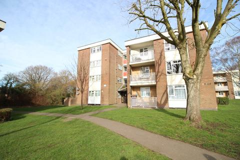 1 bedroom flat to rent - Green Hill Way, Shirley