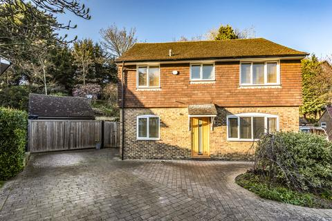 5 bedroom detached house for sale - Greenwich Close, Maidstone
