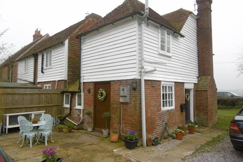 2 bedroom cottage to rent - Iden Green Cottages, Goudhurst Road, Cranbrook, Kent TN17 2NZ