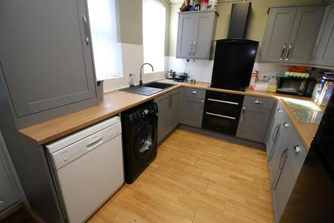 5 bedroom private hall to rent - Wyresdale Road, Lancaster