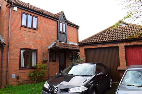 3 bedroom semi-detached house for sale - Hunsbury Green, West Husnbury, Northampton