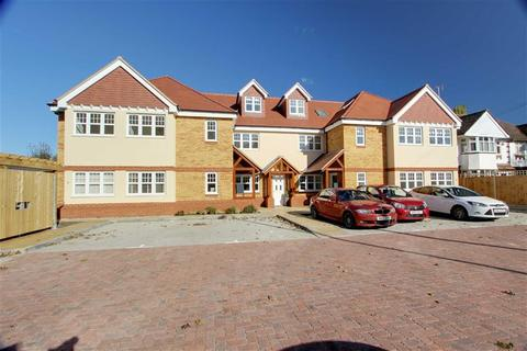 3 bedroom penthouse for sale - London Road, Aston Clinton, Buckinghamshire